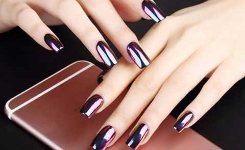 chrome nails effects